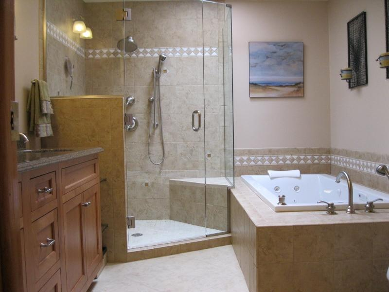 Wesson Builders Project Image - Tiled Bathroom